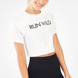"FABLETICS ""RUN WILD"" CROP TSHIRT"